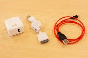 オオサカンスペース備品 : iPhone、Android充電器